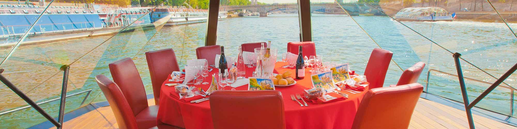 Dîner croisière : quels sont les critères à tenir en compte pour un bon dîner croisière ?